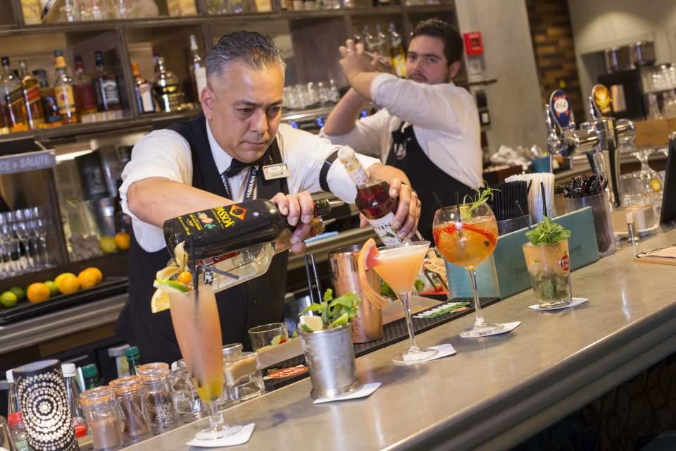 Bar Cocktails à Marseille, sur le Vieux Port de Marseille - Le Quai du 7ème