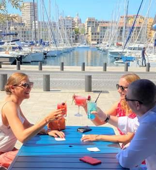 Terrasse bar Le Quai du 7ème - Bar à cocktails sur le vieux port de marseille